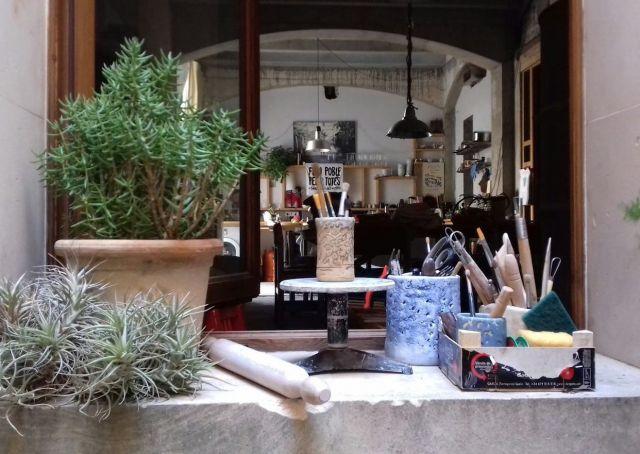 Clases de cerámica con Nanci